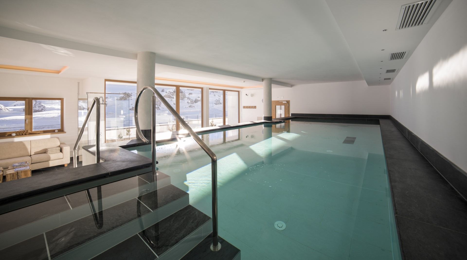 Hotel con Piscina coperta in Val Gardena